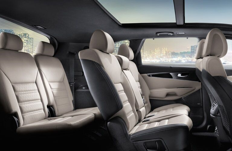Interior seating of the 2016 Kia Sorento