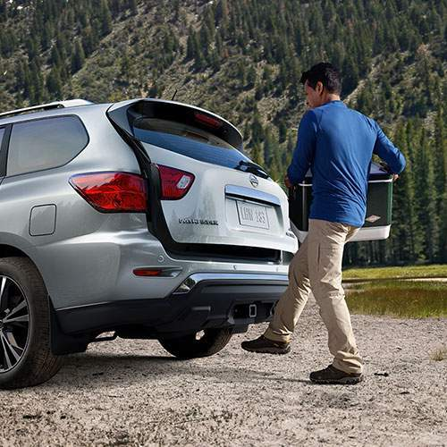 Pathfinder Motion-Activated Liftgate<