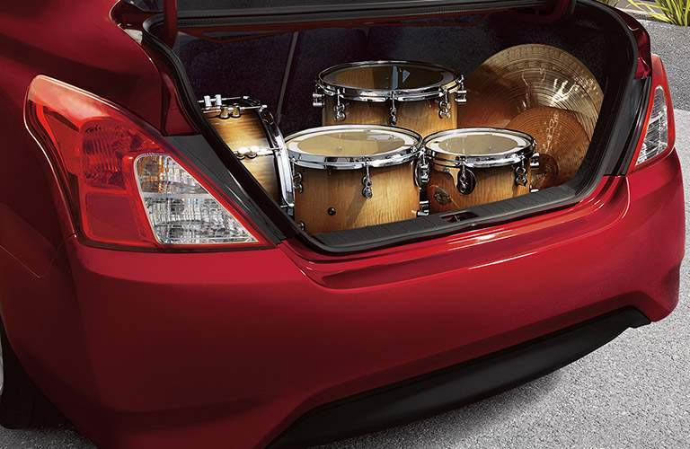 2017 Nissan Versa trunk space, drums filling trunk