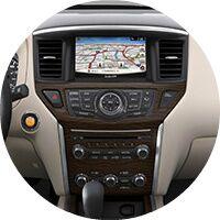 2017 Nissan Pathfinder infotainment system
