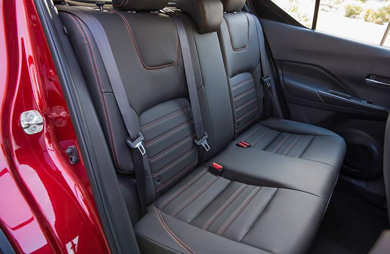black rear seats in nissan kicks