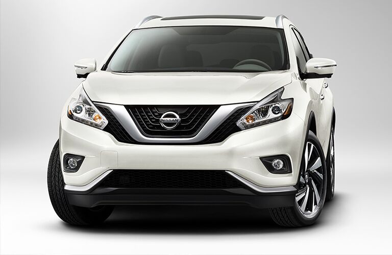 front view of white nissan murano