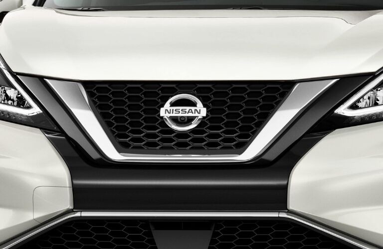 Exterior view of the front grille on a white 2019 Nissan Murano