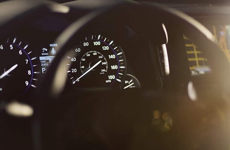 infiniti q70 speedometer