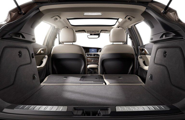 2017 INFINITI QX30 rear cargo space
