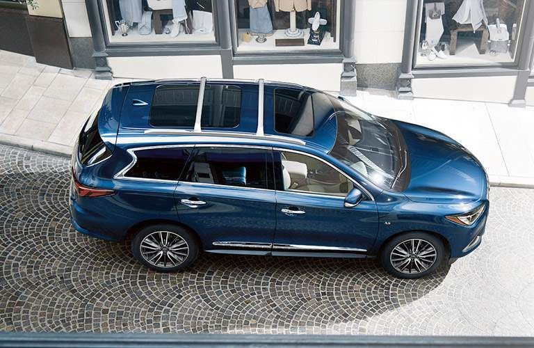top view of blue infiniti qx60