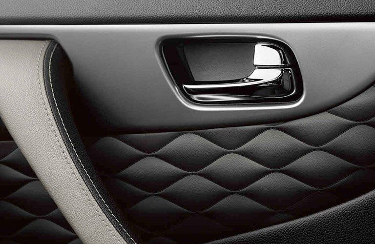 2017 QX70 Side Panels