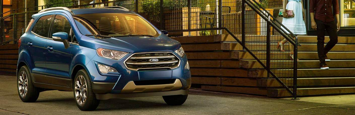 Front profile of the 2018 Ford EcoSport parked by stairs by a building