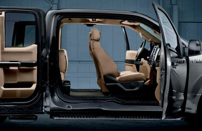 2017 Ford F-150 doors open