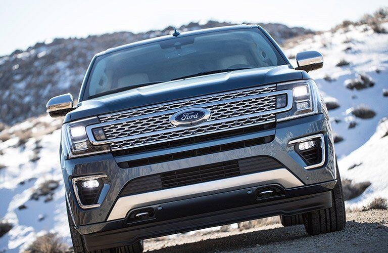 2018 Ford Expedition front grille design