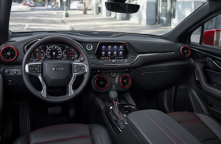 Black and red dashboard and front seats in 2020 Chevrolet Blazer