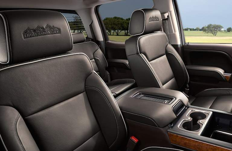 Side view of the 2018 Chevy Silverado 2500 HD's front seats