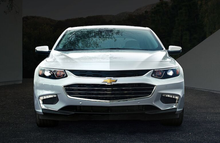 Front exterior view of a white 2018 Chevy Malibu