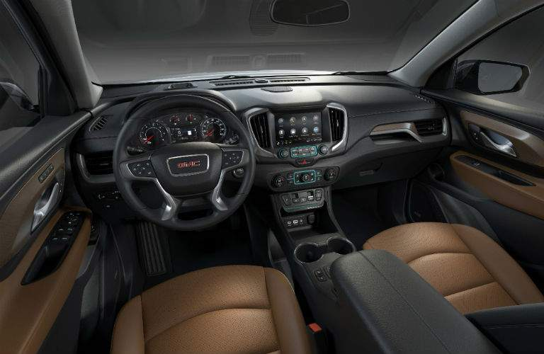 driver's cockpit of the 2018 GMC Terrain