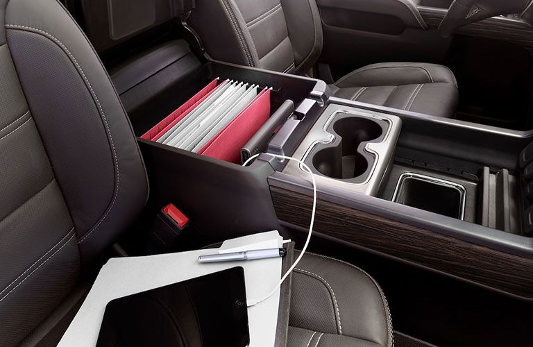 2019 GMC Sierra 2500HD front seats and center console and cupholders