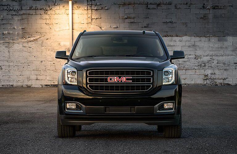 2019 GMC Yukon exterior front