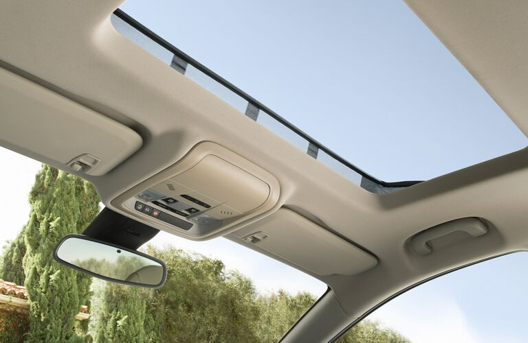 2020 Buick Regal Sportback sunroof