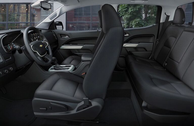 Grey dashboard and seats in 2020 Chevrolet Colorado