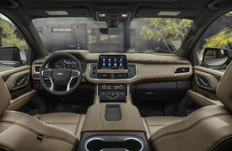 Light brown dashboard and front seats in 2021 Chevrolet Suburban