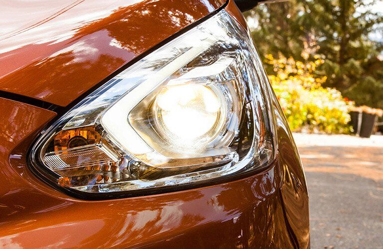 headlights of mitsubishi mirage