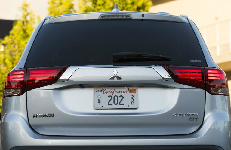 rear hatch view of mitsubishi outlander