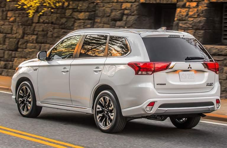 Side/rear profile of 2018 Mitsubishi Outlander PHEV