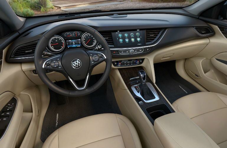 2018 Buick Regal Sportback front interior
