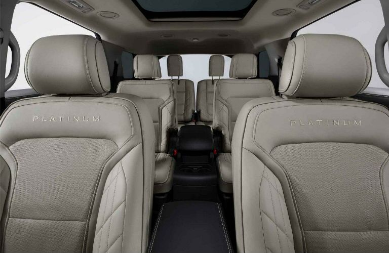 2018 Ford Explorer Platinum seating for 6
