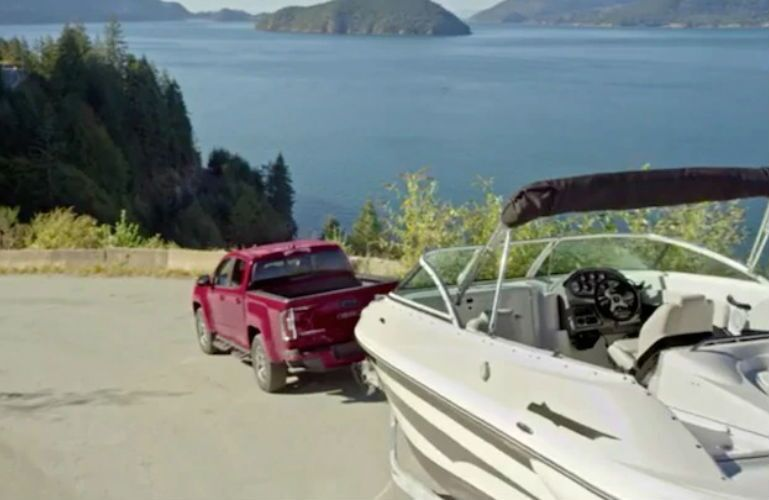 2019 GMC Canyon towing a large boat