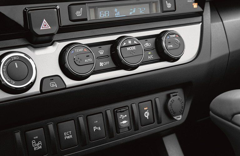 2017 Toyota Tacoma audio system