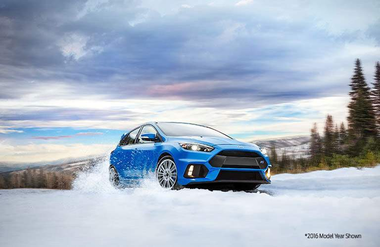 Blue Ford Focus RS Drifting in Snow