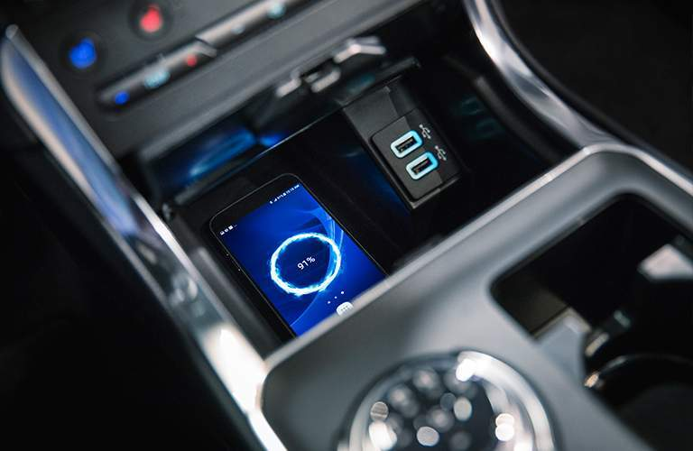 2019 Ford Edge Center Console and Wireless Charging System