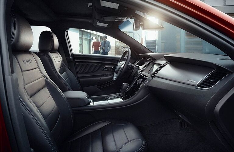front interior of a 2019 Ford Taurus