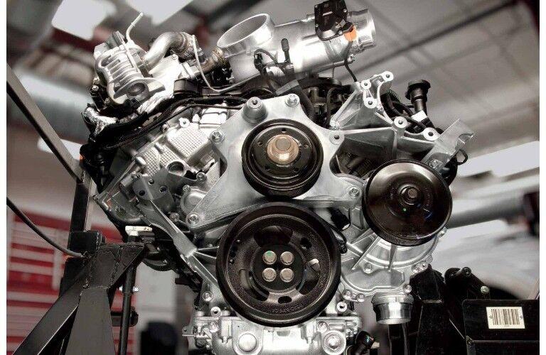2018 Ford F-450 SuperDuty® engine block