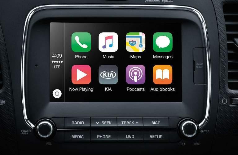 2018 Kia Forte touchscreen display with Apple CarPlay