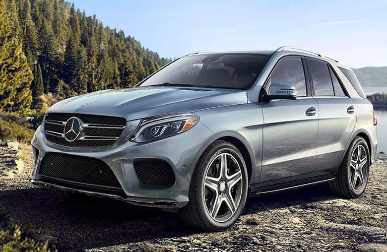 2017 mercedes-benz suv on a lake
