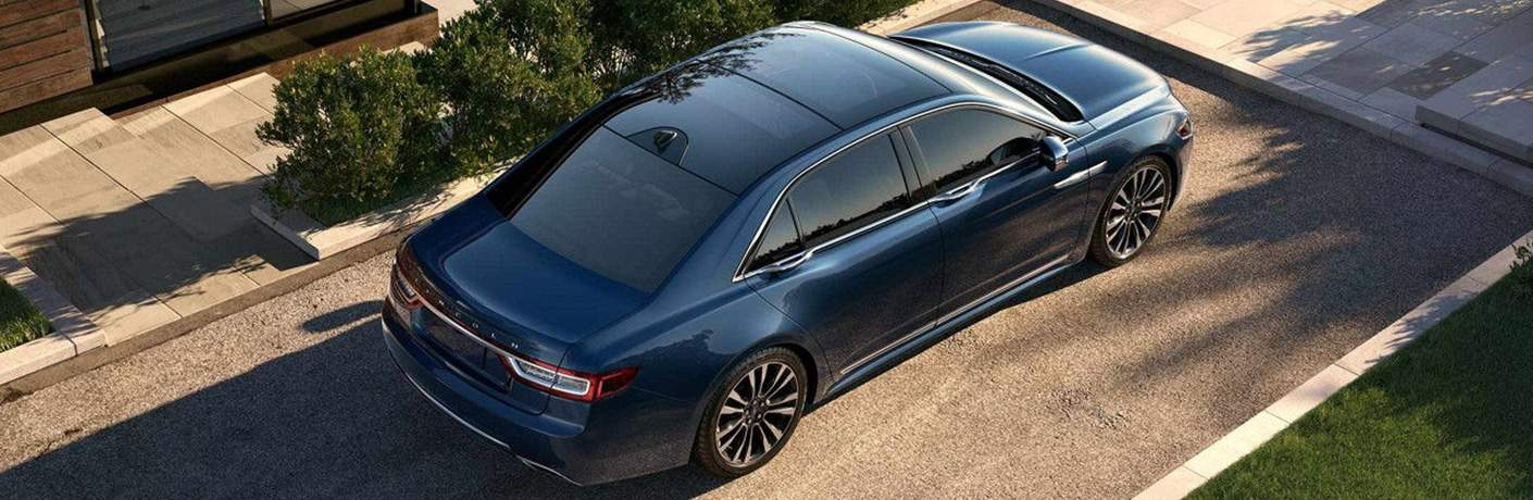 2018 Lincoln Continental Parked Near Sidewalk