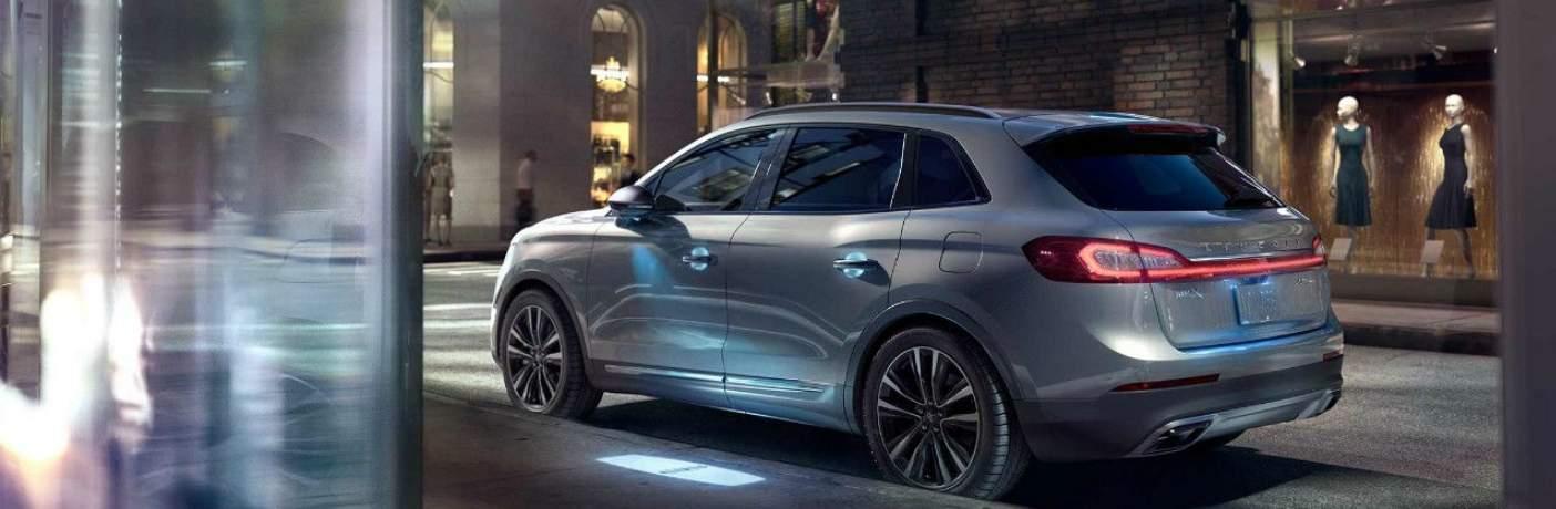 2018 Lincoln MKX Parked Near a Sidewalk