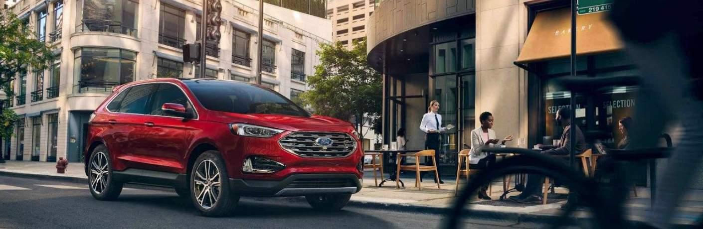 2019 Ford Edge Driving Near a Restaurant