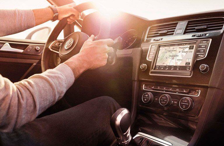 2017 Volkswagen Golf GTI navigation