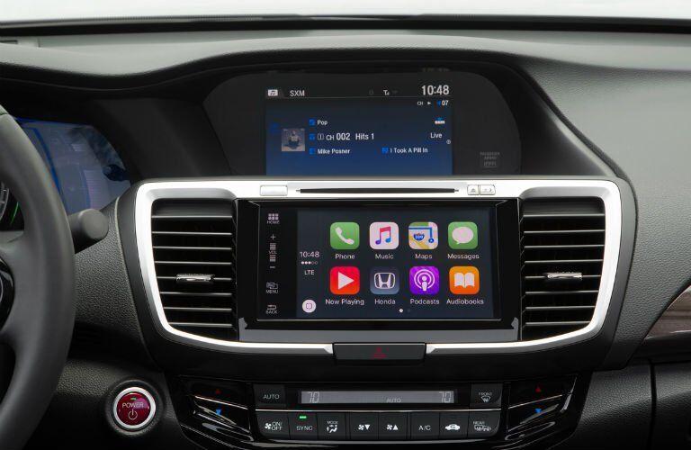 2017 Honda Accord Hybrid infotainment system