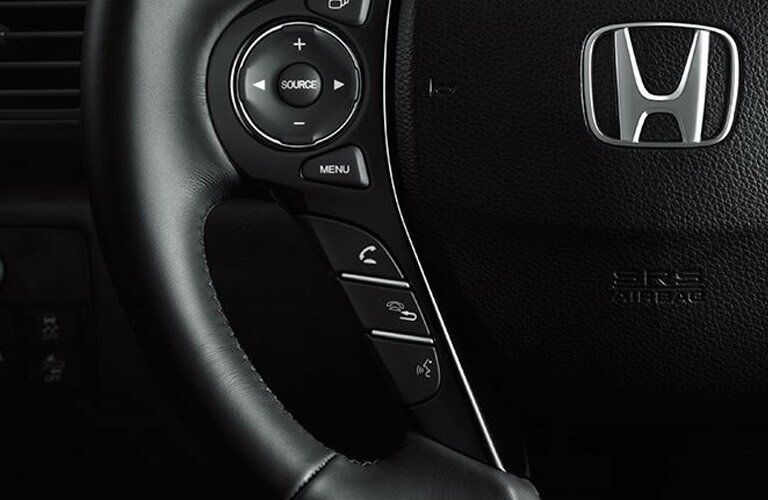 2017 Honda Accord Sedan steering wheel controls