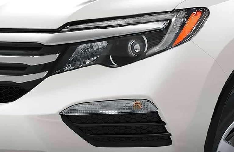 2017 Honda Pilot White Exterior headlight