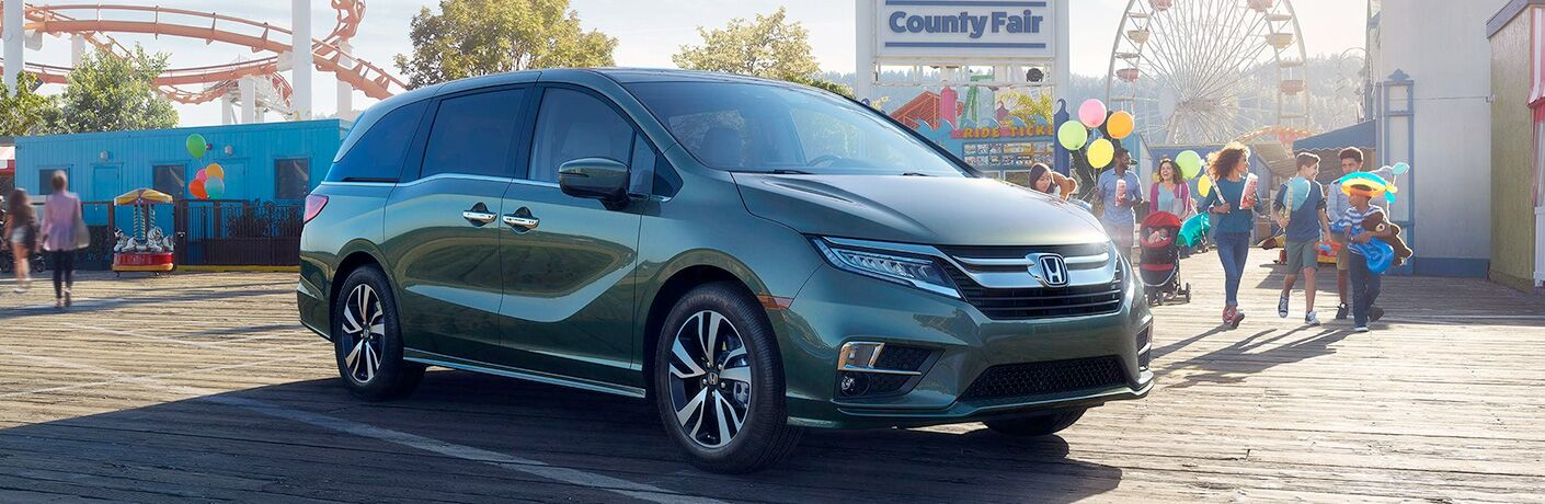 2019 Honda Odyssey in Green Front Side View