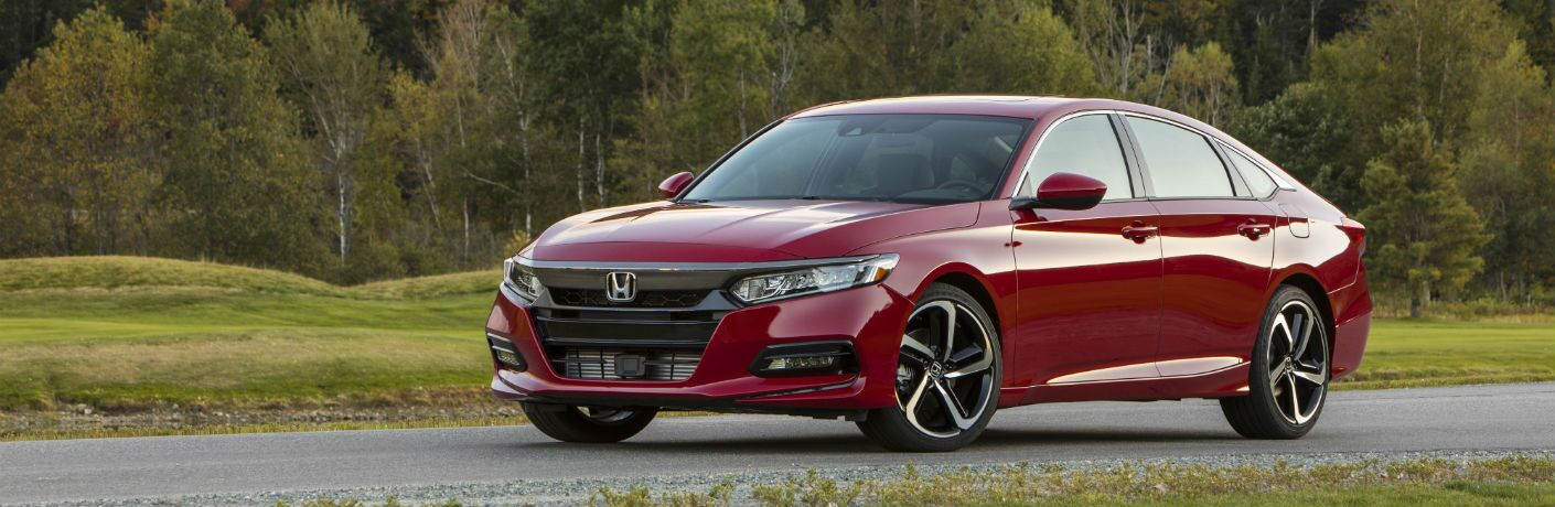 A left profile photo of the 2019 Honda Accord.