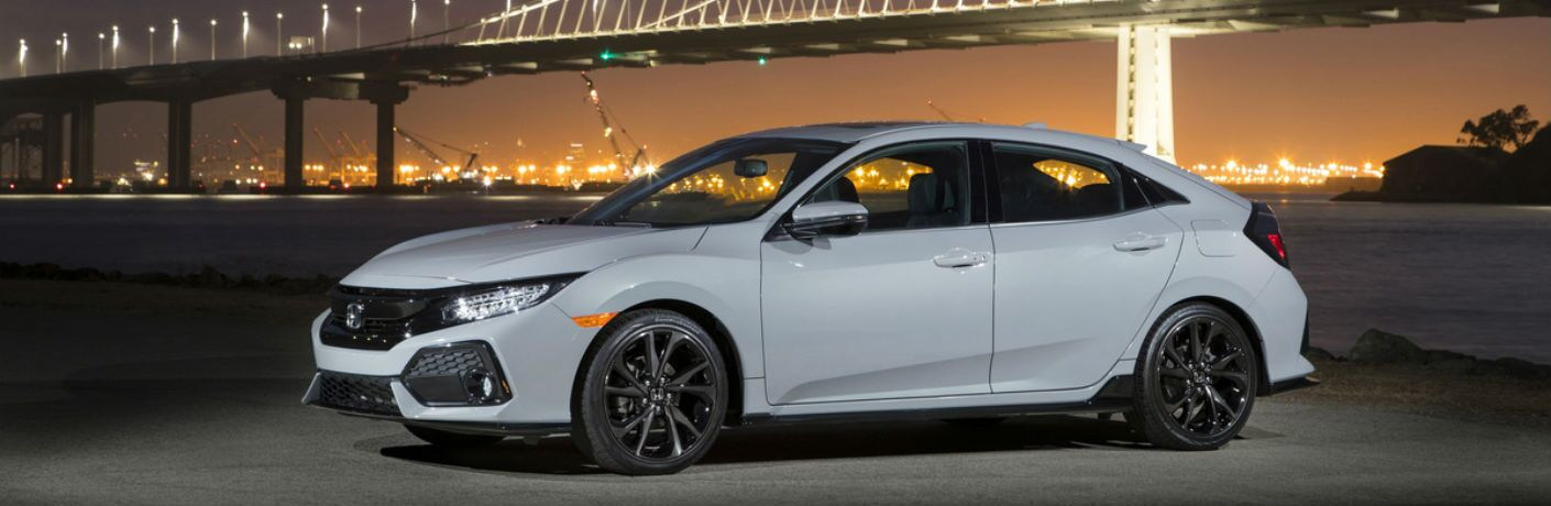 A left profile photo of the 2019 Honda Civic Hatchback.