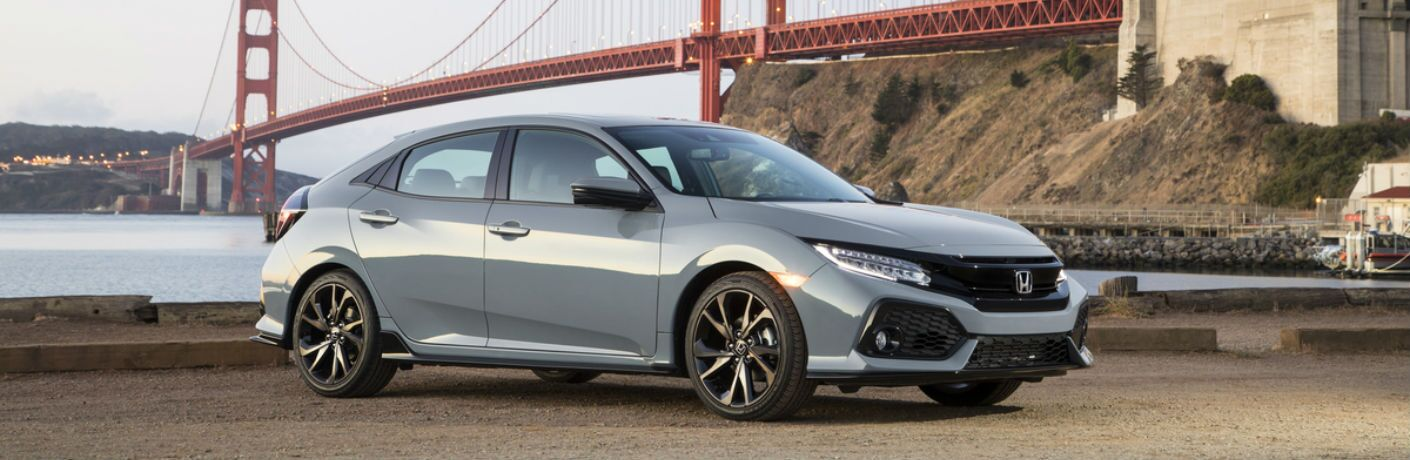 A right profile photo of the 2019 Honda Civic Hatchback.