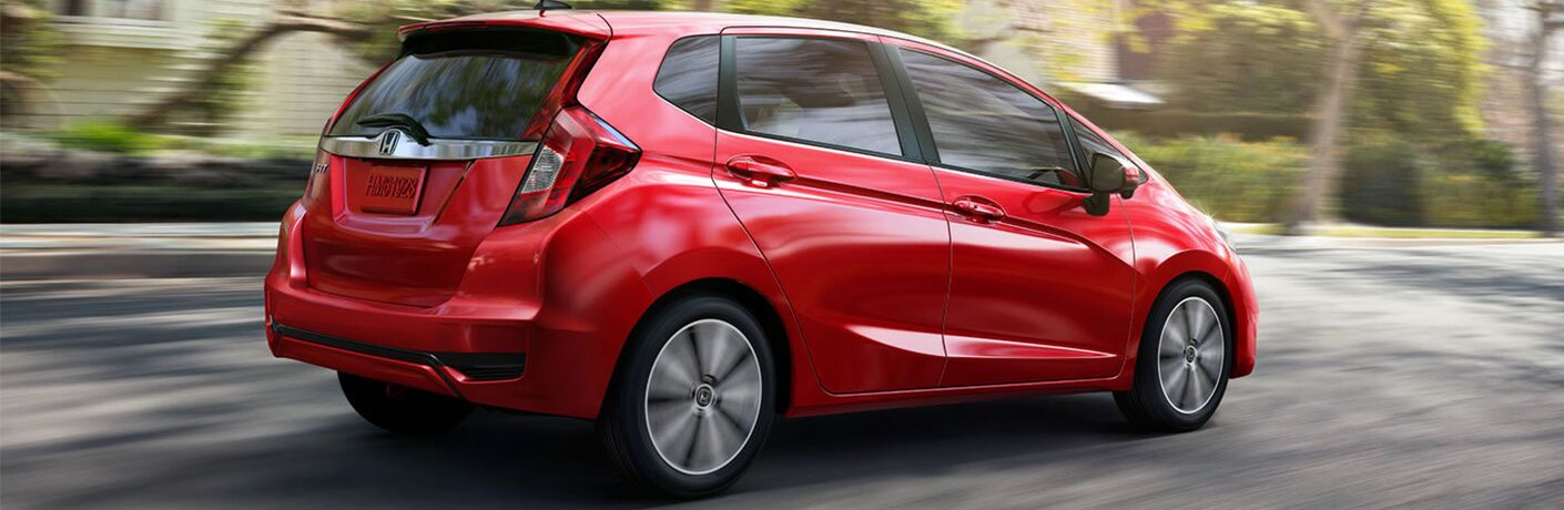 A right profile photo of the 2019 Honda Yaris.