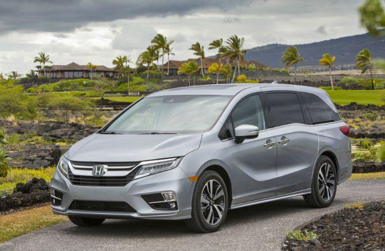 A front left quarter photo of the 2020 Honda Odyssey.