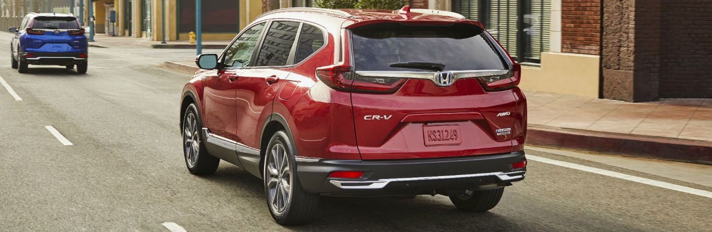 A rear right quarter photo of the 2020 Honda CR-V Hybrid.